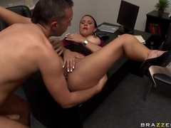 Office Sex Video Showing Keiran Lee And Mariah Milano