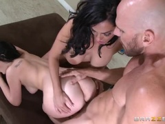 Brunette Porn Videos From Amanda Lane And Veronica Rayne