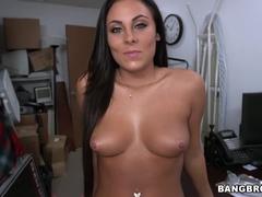 Beautiful Busty Gianna Nicole Gives A Magical Blowjob